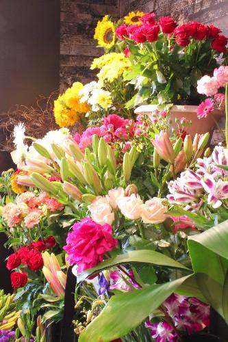 flower-stand-btq-sm.jpg